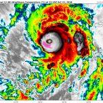 Ekstremalnie silny huragan Willa zagrażający Meksykowi